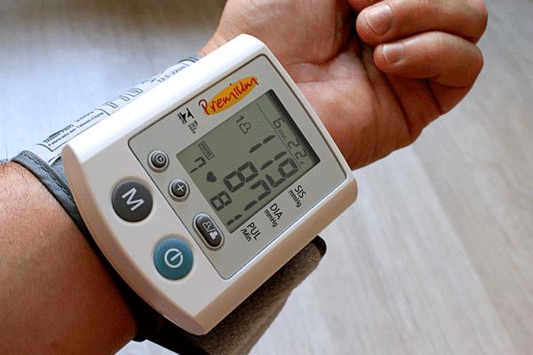 Blutdruck Pressione sanguigna presión arterial blood pressure pression artérielle